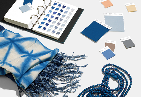 PANTONE FASHION HOME , INTERIORS